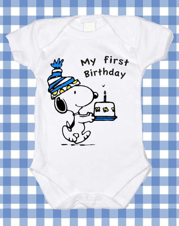 ♥ ♥ ♥ ♥ ♥ ♥ ♥ ♥ ♥ ♥ ♥ ♥ ♥ ♥ ♥ ♥ ♥ PEANUTS FAN ♥ ♥ ♥ ♥ ♥ ♥ ♥ ♥ ♥ What a perfect CHRISTMAS GIFT for your favorite PEANUTS fan!! You will love this custom made to order design which comes SNOOPY on your choice of quality cotton short sleeve Bodysuit gown or romper / T-shirt . SNOOPY DESIGNS