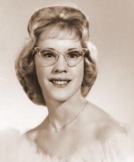 Lucy's senior photo.