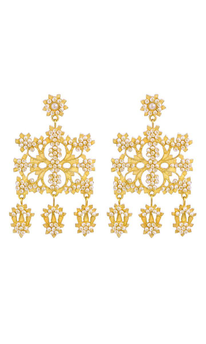So Gorgeous and Elegant. 18K Gold filigree earrings with Micro-pearls  loredanamandas.com