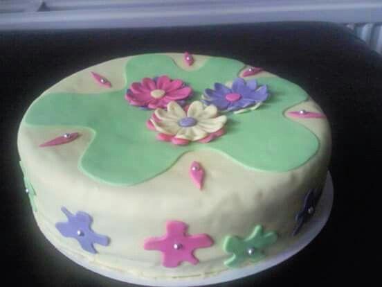 First fondant cake