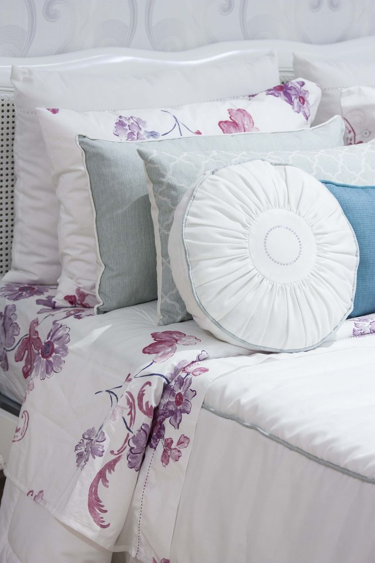 Bedding Sets #PureLiving #GreenApple #GAhomestyle #homestyle #white #pillows #beddingSets #bedding #cozy #floral