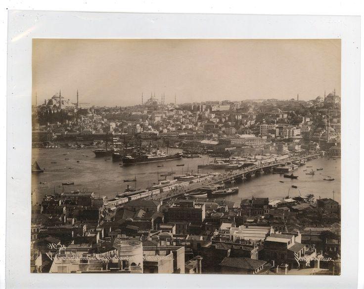 Sebah et Joaillier. Turquie. Vue panoramique de Constantinople et le Pont de Galata    #Orient #Turquie_Türkiye