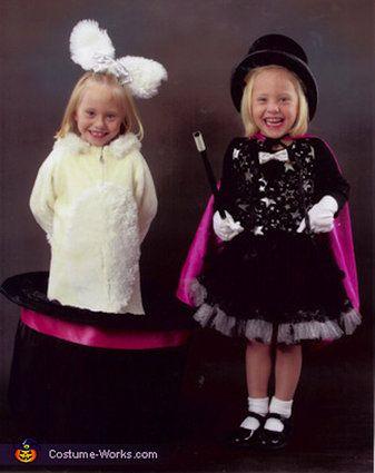 Best 25+ Twins halloween costumes ideas on Pinterest ...