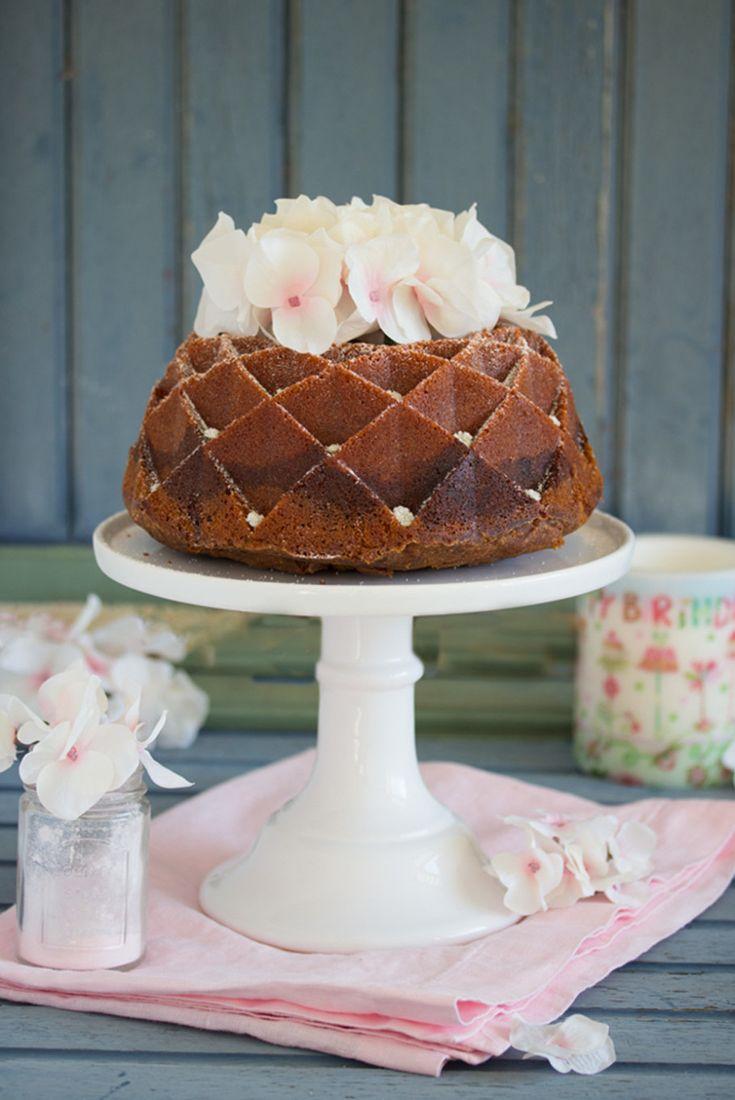 Neapolitanischer Marmorkuchen von Lisbeths, Bloggeburtstag der Foodistas, wir feiern was das Zeug hält