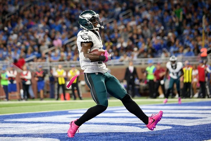 Eagles vs. Lions:  24-23, Lions, October 9, 2016  -       Josh Huff #13 of the Philadelphia Eagles scores a touchdown against the Detroit Lions during third quarter action at Ford Field on October 9, 2016 in Detroit, Michigan. (Photo by Leon Halip|Getty Images)