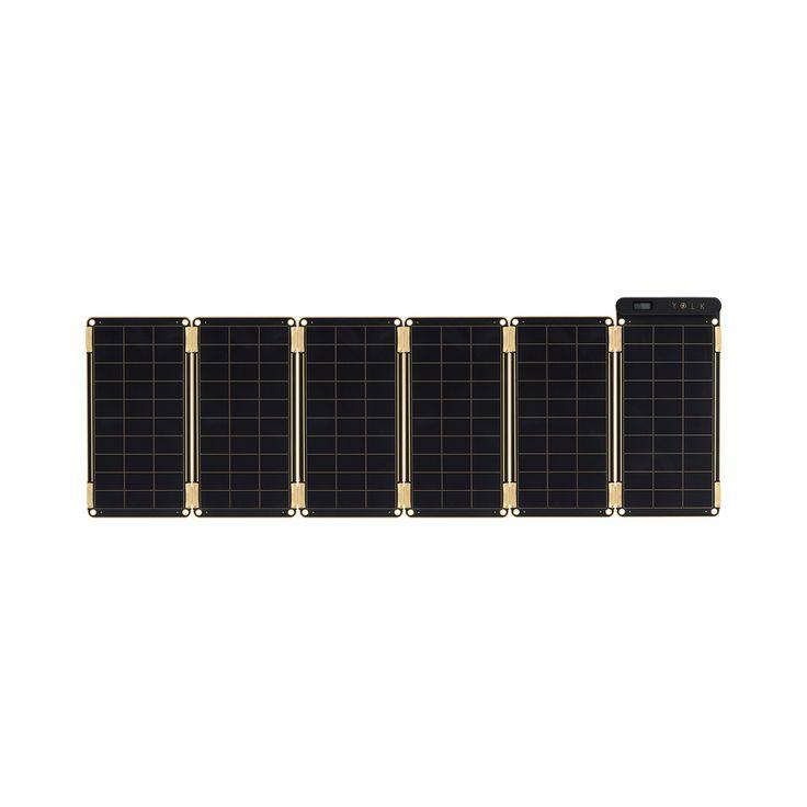"""※国内販売の正式決定につき、先行予約承り中です。ご注文いただきましたお客様から、11月17日より順次お届けさせていただきます。『Plug into the sun』日本語に訳すと「太陽にスマホをつなぐ」。センスに満ち溢れた『Solar Paper』のコンセプトです。スマホの充電が切れても、太陽があれば大丈夫。太陽の下で Solar Paper のソーラーパネルを開けば、太陽光がスマホを充電してくれます。晴れている日であれば、家庭用コンセントとほぼ同じスピードで充電が可能。キャンプやBBQ、屋外スポーツ、海外旅行といった電源がない場所はもちろん、大規模な災害や停電時の防災グッズとしても重宝するはず。自然の恵みが、私たちのデジタルライフをさらに豊かにしてくれる。ロマンに溢れた充電器です。""""太陽""""でスマホが充電できるってすごい。Solar Paper…"""