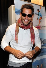 Looks like actor and Latin GRAMMY host Cristian de la Fuente has found the perfect pair of Maui Jim sunglasses!