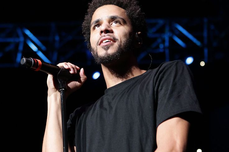 """Drake, JAY Z and Big Sean Join J. Cole On Stage at """"Forest Hills Drive"""" Concert"""