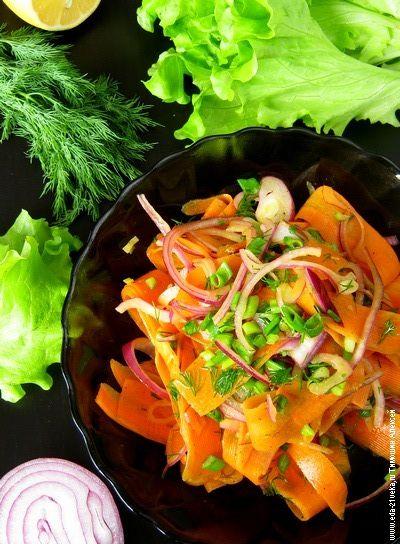 Салат из моркови и красного лука.   Еда XXI века. Кулинарный блог Тимошина Алексея.