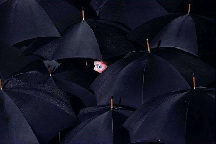 Guy Bourdin - French Vogue December 1976 (Umbrellas)