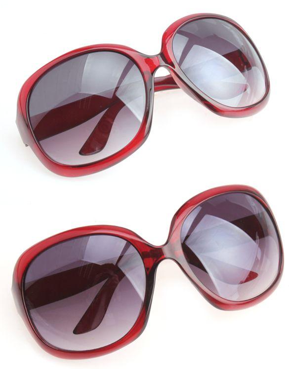 Store røde solbriller   125 kr
