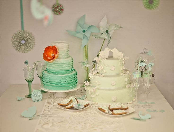 Wedding details, sweet table.  Photography by Katarzyna Zydroń, more on katarzynazydron.pl