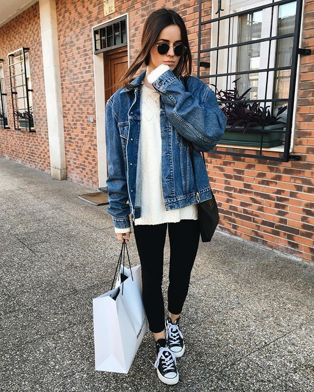 @benitathediva  Converse Chuck Taylor, Jean Jacket, Oversized sweater, sneakers outfit, fall outfits, tumblr outfit, college outfits comfy, cute comfy clothes.