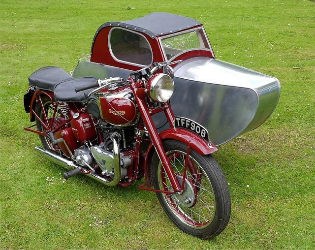 1953.Triumph Motorcycle & Sidecar