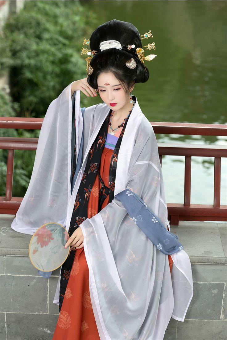 长安月 (hanfugallery:   重回汉唐Traditional chinese fashion,...)