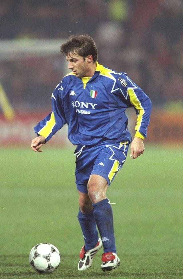 d6902b789 Alessandro Del Piero of Juventus in 1995.