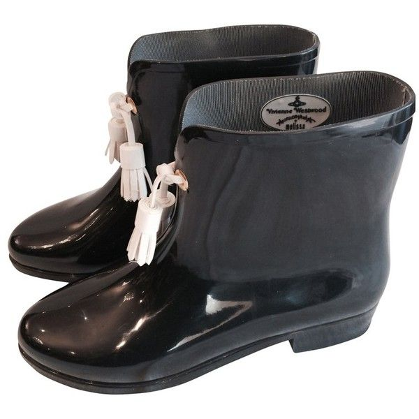 Pre-owned Rubber boots with tassels (250 CAD) ❤ liked on Polyvore featuring shoes, boots, wellington boots, black boots, white shoes, black tassel boots and wellies boots