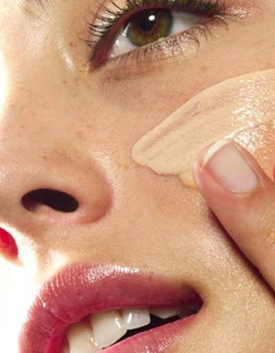 7 Mistakes you might be making with your foundation. #Makeup, #Foundation