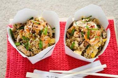 Egg fried rice with chicken and prawns