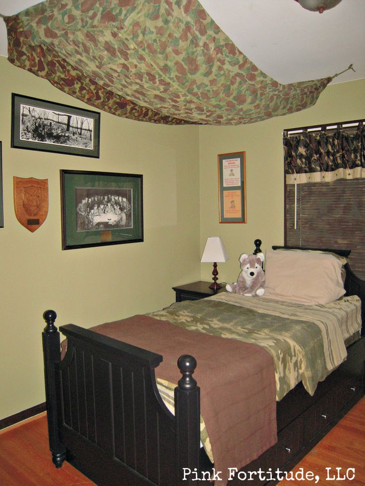tween strong camo bedroom