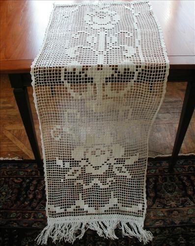Filet lace curtain
