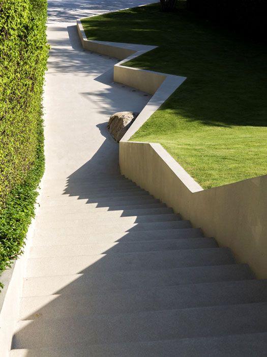 TROP-Pause-Court+Lawn-Hill-Landscape Architecture Works   Landezine Landscape Architecture Works  