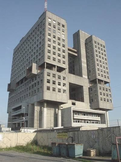 The house of soviets architecture brutalism positive for Architecture brutaliste