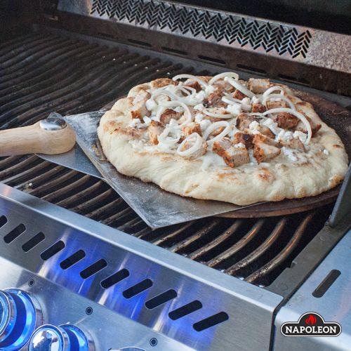BBQ Souvlaki Pizza #napoleongrill #bbq #pizza #gameday