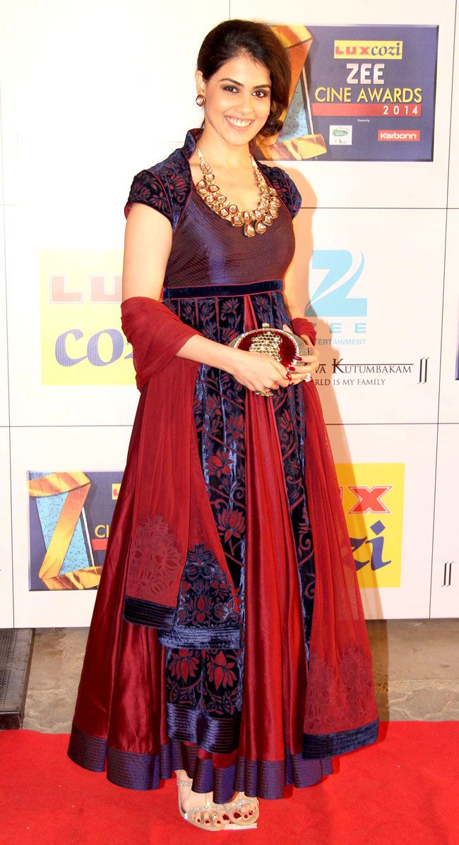 Genelia D'Souza Deshmukh on the red carpet at the Zee Cine Awards 2014. #Style #Bollywood #Fashion #Beauty