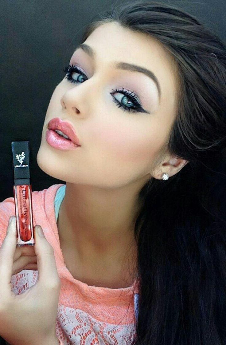 Lovesick  Created by: Jenna Lee  Lucrative lip gloss- lovesick  3D Fiber Lashes