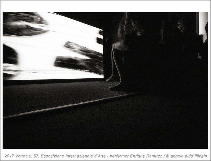 2017 Venezia, 57. Esposizione Internazionale d'Arte - performer Enrique Ramirez