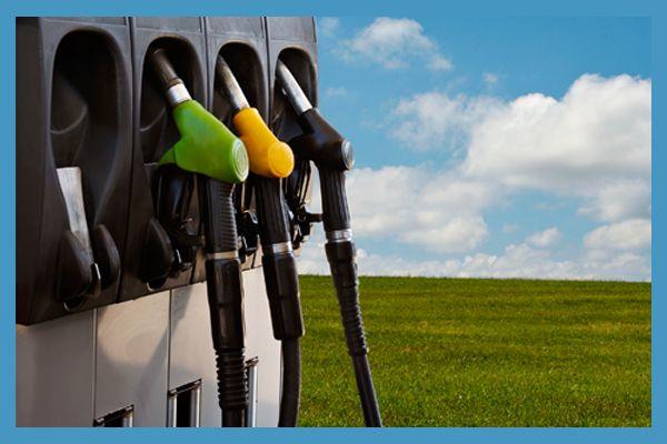 Fleet Management Software Improve Fuel Economy: http://www.gofleet.com/fleet-management-software-improves-fuel-economy/