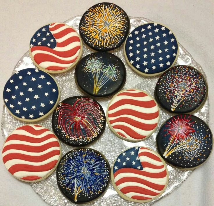 4th of july cookies and cupcakes