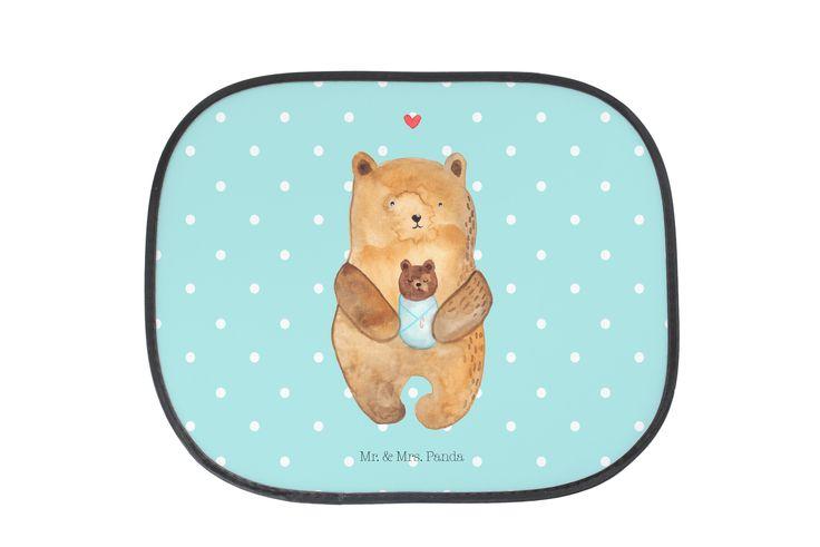 Auto Sonnenschutz Bär mit Baby aus Kunstfaser  Natur - Das Original von Mr. & Mrs. Panda.  Der einzigartige Sonnenschutz von Mr. & Mrs. Panda ist wirklich etwas ganz Besonderes - er hat die Größe 38x44 cm und wird mit zwei Saugnäpfen ausgeliefert. Im Lieferumfang ist ein Sonnenschutz inkl. 2 Saugnäpfen enthalten.    Über unser Motiv Bär mit Baby  Der Bär mit seinem Baby ist das perfekte Motiv für einen kleinen Täufling oder frischgebackene Eltern. Wie alle Motive von Mr. & Mrs. Panda, ist…