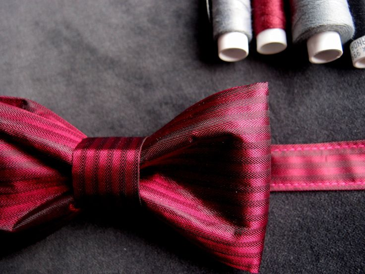 Burgundy Wedding Bow Tie, Elegant Bow tie, Red Wine Bow Tie, Dark Red Bow Tie, Groomsmen Bow Tie, Cranberry Bow Tie, Deep Red Satin Bow Tie by baboshkaa on Etsy