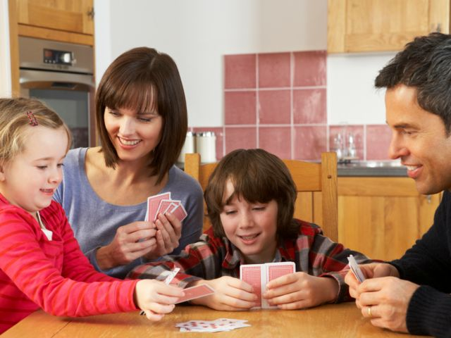 5 Classic Family Card Games to Play on Vacation