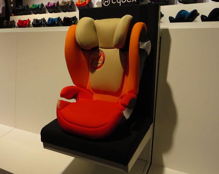 Cybex Solution M-Fix è il nuovo seggiolino auto Cybex collezione 2015, omologato da 15 a 36 kg con ganci isofix e airbag laterali regolabili.