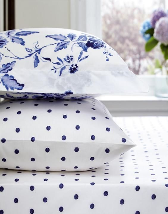 SHEETBLUSPOT Blue Polka Dot Fitted Sheet