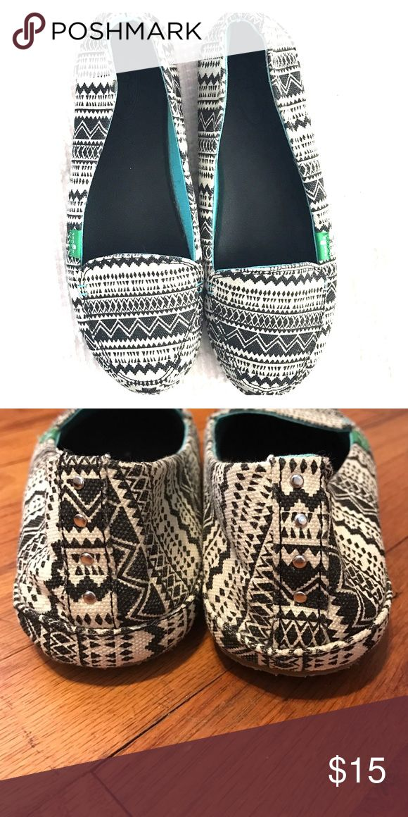 Sanuk Tribal Flats Black and white tribal woven upper, rubber sole, teal canvas lining inside. Sanuk Shoes Flats & Loafers