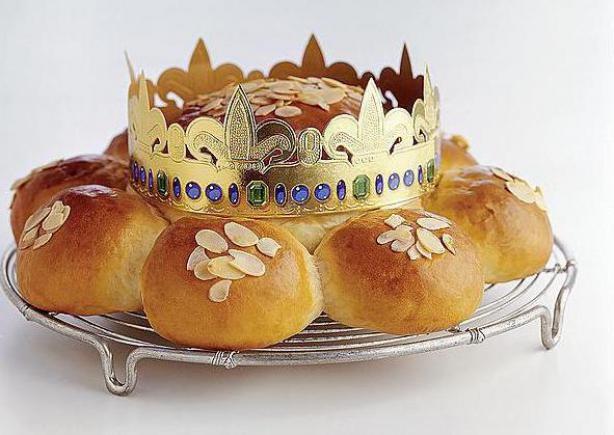 Dreikönigskuchen: Swiss Three Kings' Cake