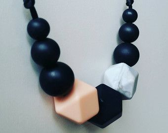 Free shipping - Minimalist /Silicone Necklace/Modern/Silicone Beads/Mom/Mothers Day/Baby Shower/Gift/Nursing/Necklaces/Stylish/TuggaLuxe
