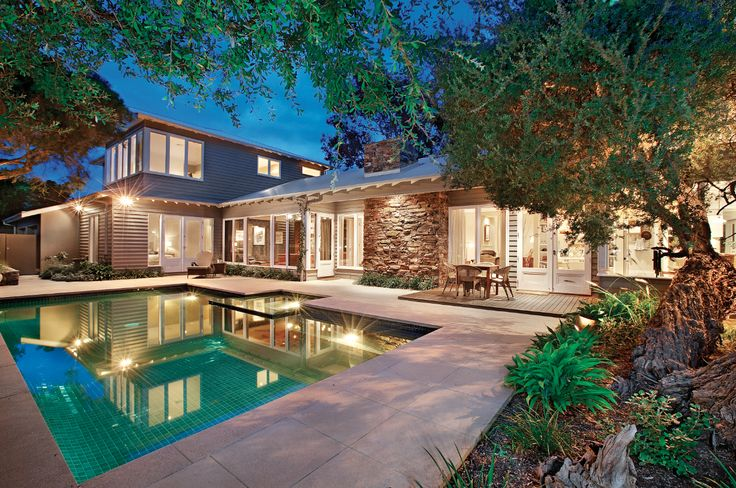 Pool design, entertaining area, family living, classic living,   constructed by Classic Projects