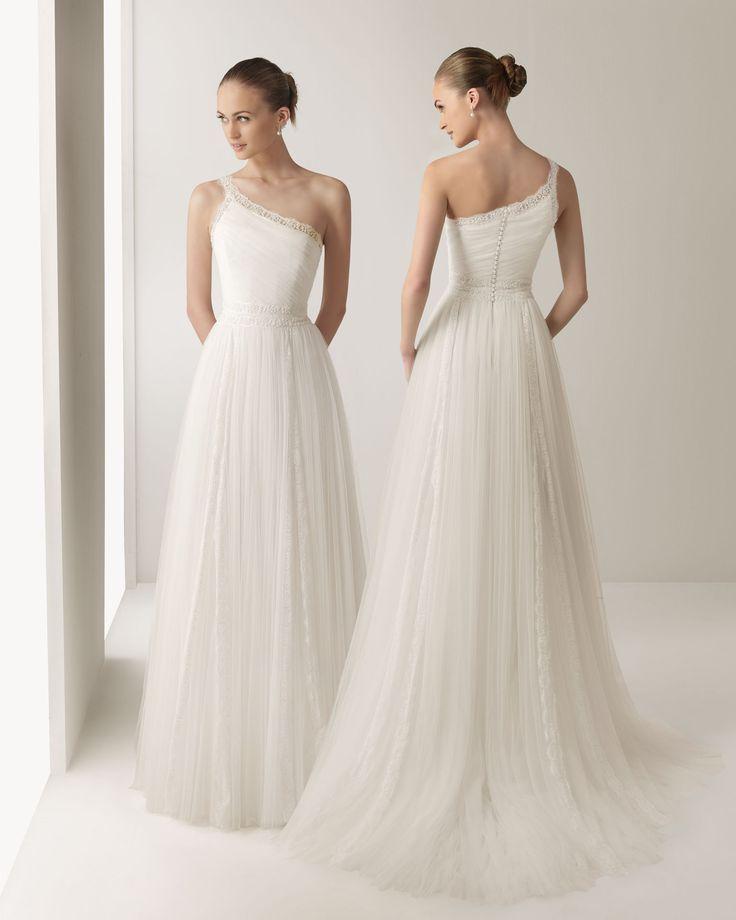 Indulgent wedding dress ideas!!! *flashes* - wedding planning discussion forums