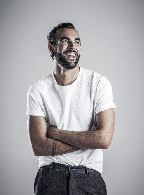 """La popstar pubblica """"Io ti aspetto"""", il terzo singolo estratto dal suo recente album, """"Parole in circolo"""". Dopo la fine del tour, di nuovo"""