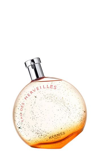 "Every girl should own a scent that sparkles. ""A modern fairy tale, bursting with charm and mystery. The perfume of enchantment, capturing the spirit of wood, the memory of the oceans and the sparkle of a constellation. Woody, amber."""