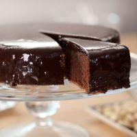 Flourless chocolate & almond cake Aoife P-H gave this recipe a go, it was feckn delish!!