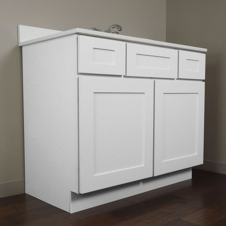 42 Inch Bathroom Vanity Single Sink Cabinet in Shaker White with Soft Close Drawers & Doors 42""