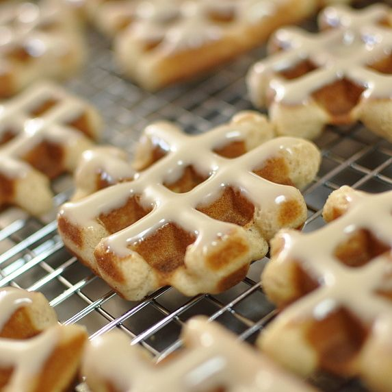 ... cinnamon cookies cookie ideas cinnamon rolls waffle iron recipes maple