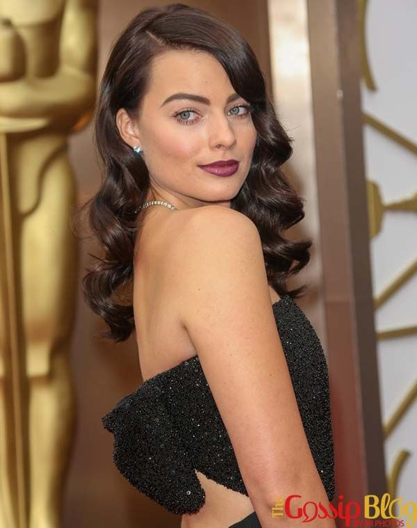 Margot Robbie Goes Brunette for 2014 Oscars