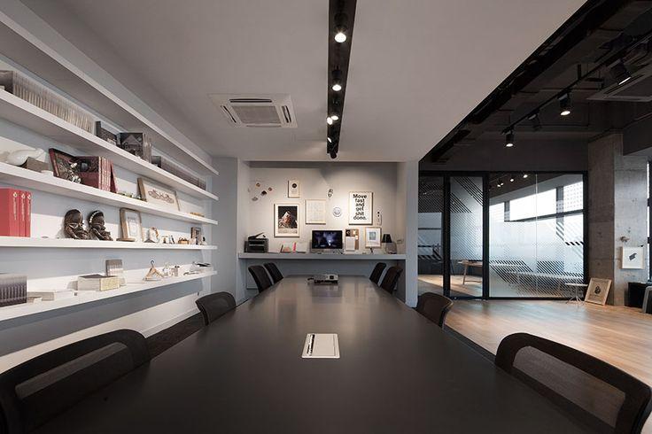 Park office of the shanghai based design studio for 9 x 12 office design